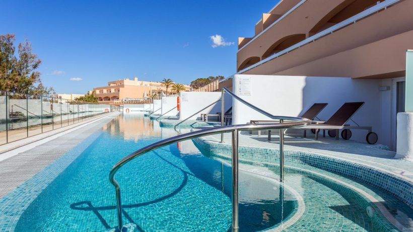 Swim up kamers Sirenis Seaview Country Club – Ibiza