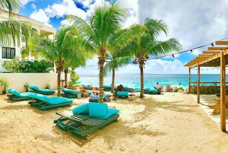 City-Beach-88-Curacao