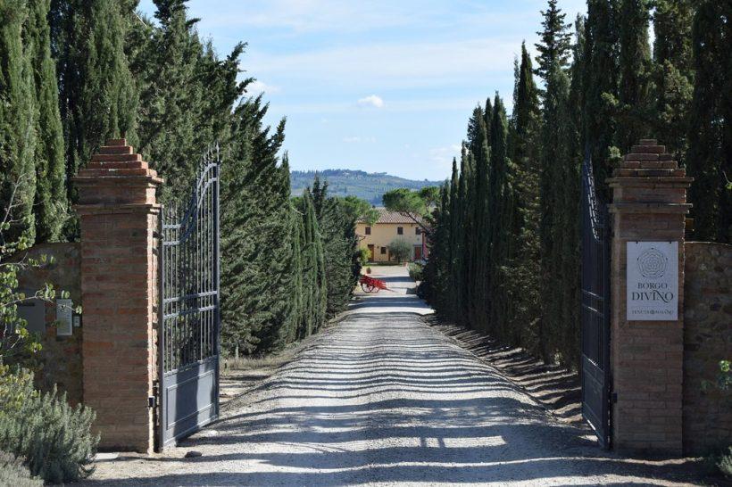 Borgo Divino entree – Toscane – Italie